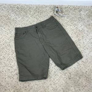 Men's Eddie Bauer shorts Sz 33